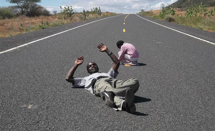 road-lie