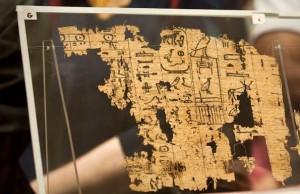 اسناد خطی مصر باستان