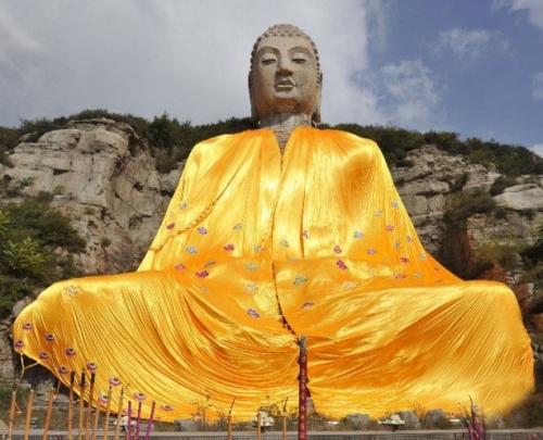 نمونه ی از مجسمههای اصلی بودا