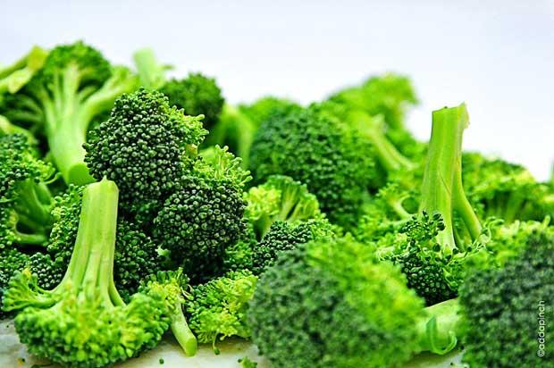کلم بروکلی broccoli