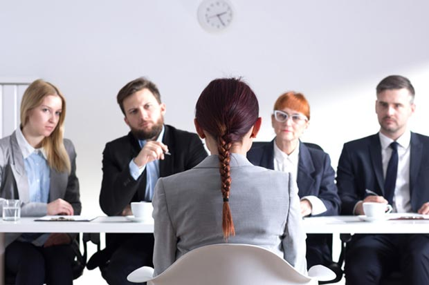استخدام job-interview