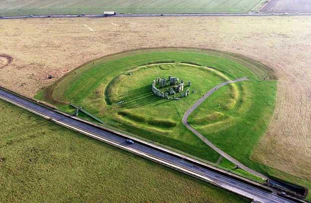 بنای تاریخی «استنهنج» در انگلیس