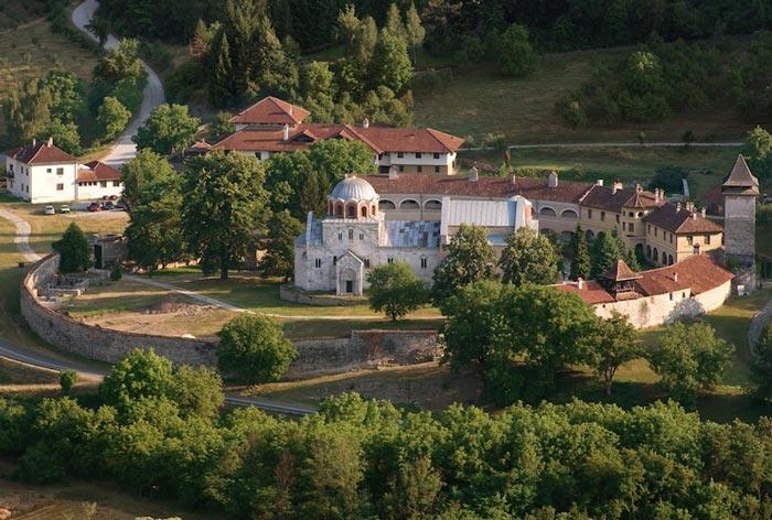 جاهای دیدنی صربستان صومعه Studenica