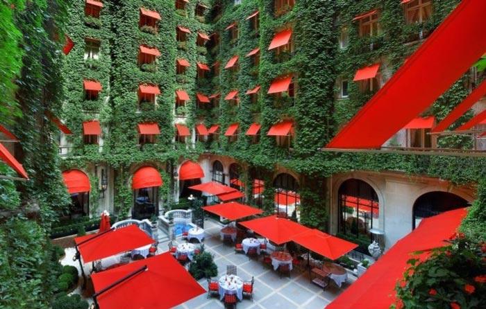هتل Plaza Athenee، پاریس