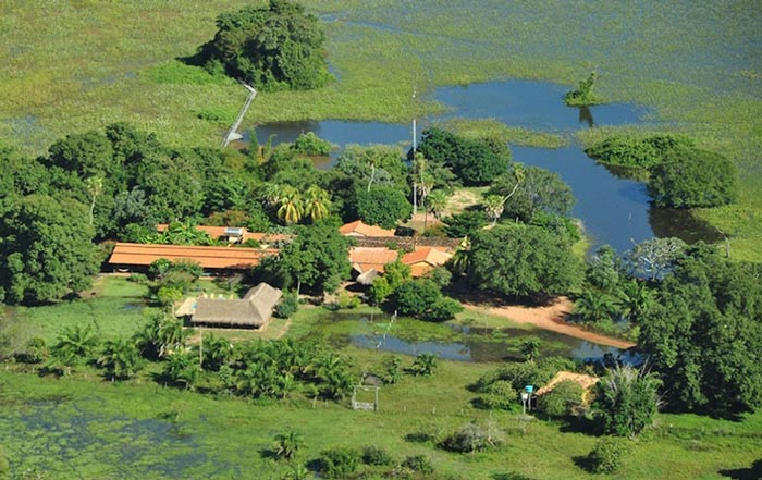 Araras_Pantanal_Ecolodge_Pocone