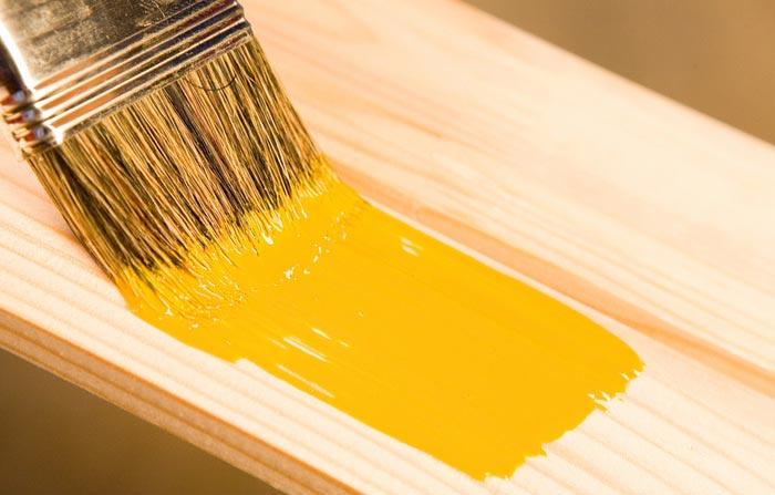 رنگ آمیزی چوب