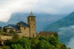 روستای تورلا در اسپانیا یک محل عالی برای سفر