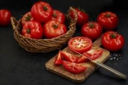 غذا با گوجه فرنگی