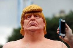 مجسمه عریان دونالد ترامپ در شهر نیویورک!! + عکس