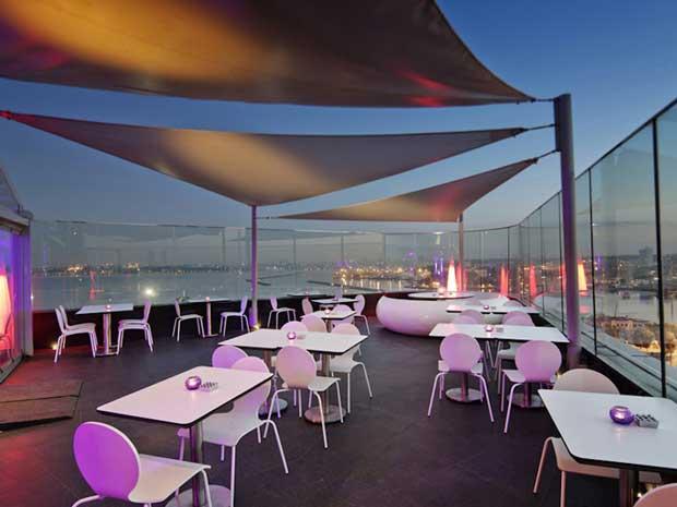 رستوران Hilton Doubletree