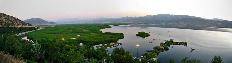 دریاچه زریوار مریوان کردستان