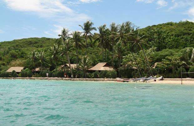 2-whale_island_resort