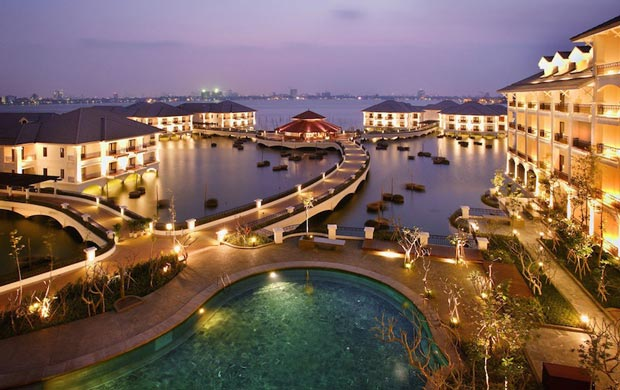 3-intercontinental_hanoi_westlake