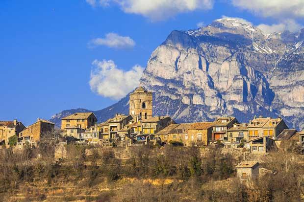 زیباترین شهرهای اسپانیا Ainsa