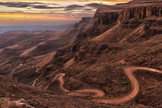 جاده های زیبا و دیدنی