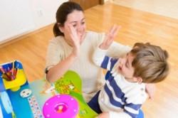 اعتماد به نفس کودکان دبستانی را چگونه بالا ببریم؟