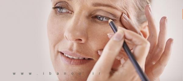 آرایش چشم خانم های مسن
