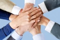 تفاوت بین بازاریابی و اجتماع چیست؟
