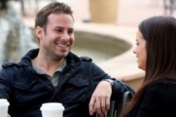 10 چیزی که هرگز نباید از نامزدتان مخفی کنید