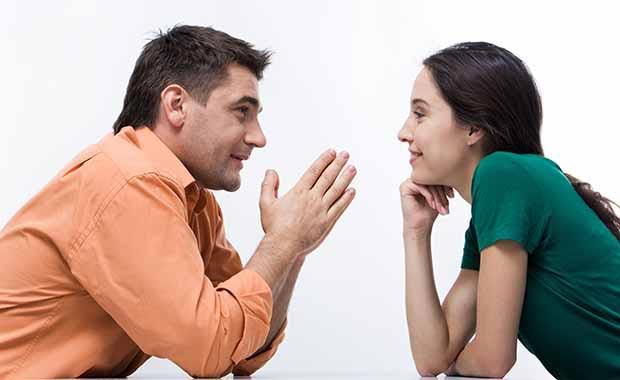برای جذب یک زن باید شنونده خوبی باشید