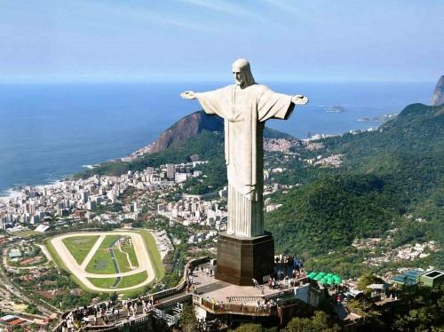 statue-of-the-christ-of-redeemer-in-cordova-rio-de-janeiro-brazil