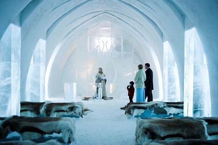 ice_hotel_holiday_340590