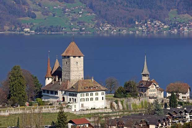 قلعه های تاریخی دیدنی سوئیس,قلعه Spiez