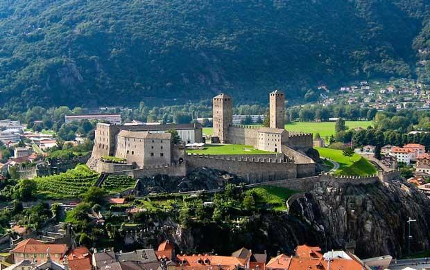 قلعه های تاریخی دیدنی سوئیس,Castelgrande