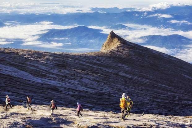 7-malaysia_hiking