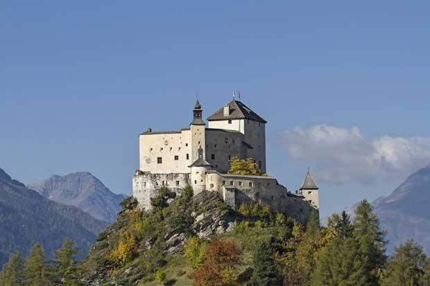 قلعه های تاریخی دیدنی سوئیس,قلعه Tarasp