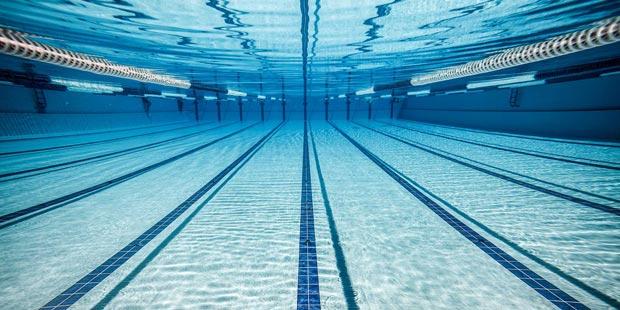 استخر swimming-pool