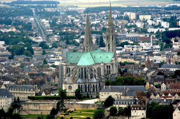 کلیساهای معروف فرانسه,کلیسای جامع Chartres