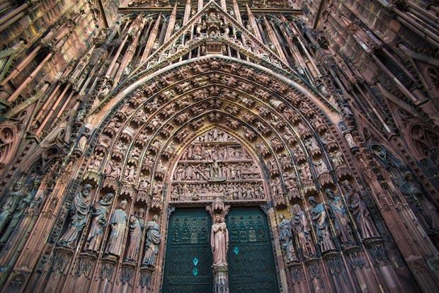 کلیساهای معروف فرانسه,کلیسای جامع استراسبورگ
