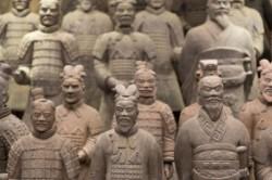 ارتش سفالی چین باستان، مقبره کین شی هوانگ