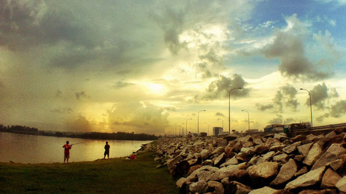 fishing-at-yishun-dam