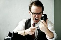 چگونه با درخواست خلاف قانون مشتری یا رئیسمان کنار بیاییم؟