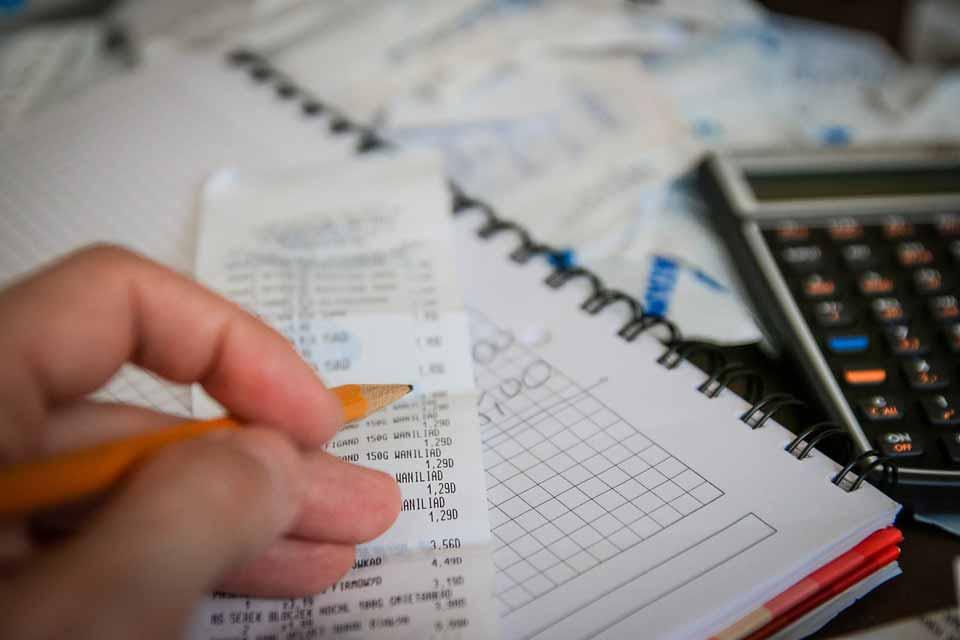 رازهای کاهش هزینه های زندگی و شروع پس انداز