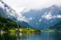 سفر انفرادی کجا بریم؟ بهترین مقاصد گردشگری برای تنها سفر کردن