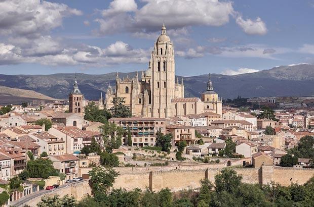 کلیساهای اسپانیا,کلیسای جامع سگوویا-segovia_cathedral