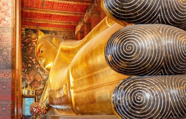 معابد دیدنی تایلند,معبد بودای خمیده-temple_of_the_reclining_buddha