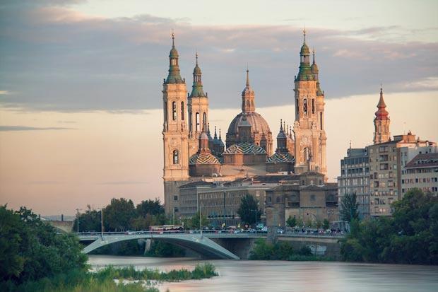 کلیساهای اسپانیا,Basilica of Our Lady of the Pillar