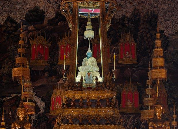 معابد دیدنی تایلند,معبد بودای زمردی-temple_of_the_emerald_buddha