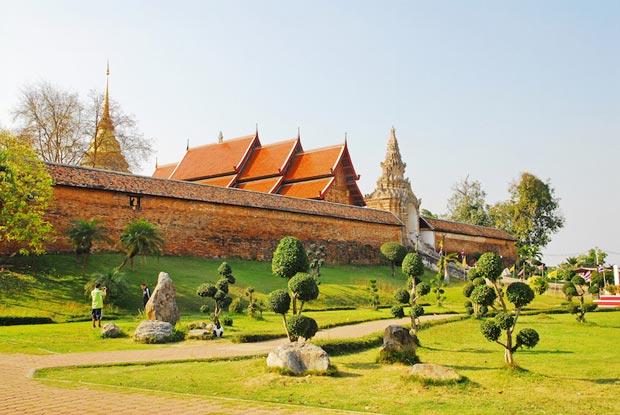 معابد دیدنی تایلند,معبد Wat Phra That Lampang Luang