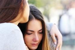 چگونه به کسی که افسردگی دارد کمک کنیم؟