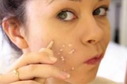آموزش آرایش جای زخم در صورت