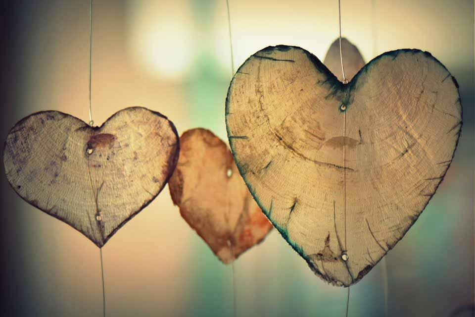 انواع زبان عشق و نحوه استفاده از آنها