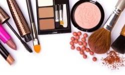 اهمیت تاریخ انقضا در خرید لوازم آرایشی