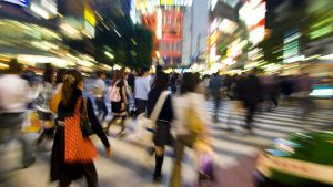 Toyko-Crowd-of-Shoppers