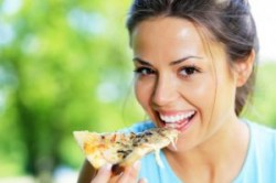 عوارض و مضرات سریع غذا خوردن