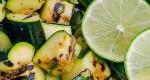 کدوسبز گریل شده به همراه ریحان و لیمو